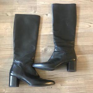 Stuart Weitzman Black Pointed Toe Leather Boots